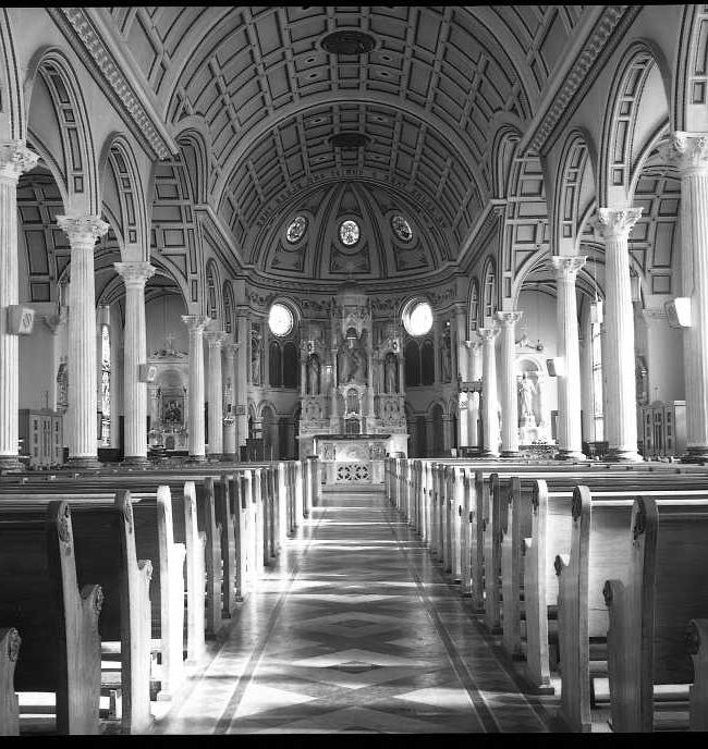 Second Church interior